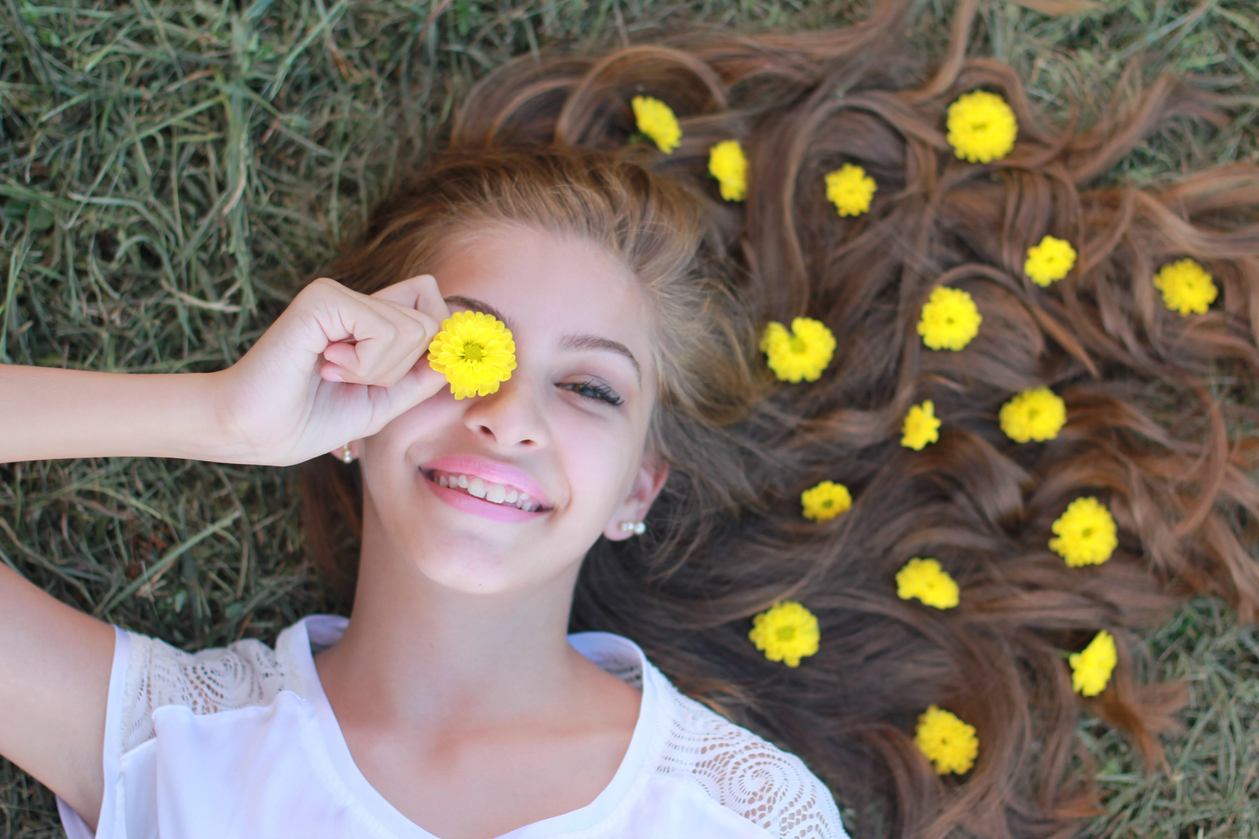 flower-hair-min